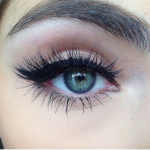 Image via We Heart It https://weheartit.com/entry/153015646 #beautiful #blueeye #love #lovely #pretty #makup