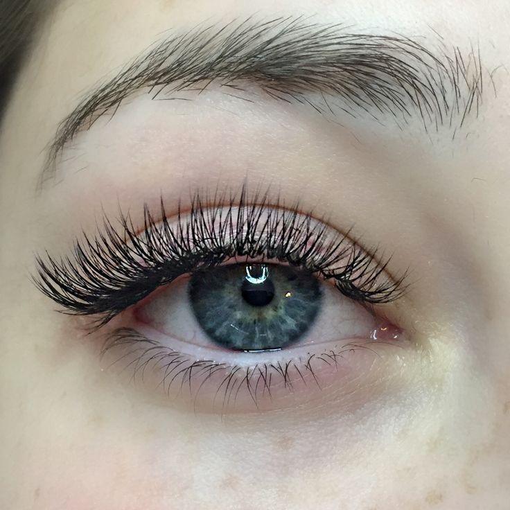 Natural set of C Curl Volume Eyelash Extensions - http://maggslashes.com  #volumelashes