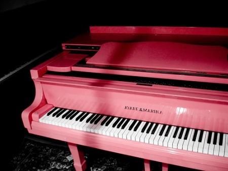 Pink Piano!!!