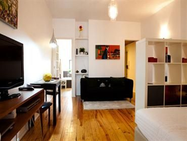 Lisbon apartment: Jazz Palmeira - Inside: laid-back and cheerful | Waytostay