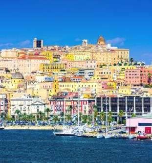 Cagliari, la capital y ciudad más grande la isla posee un rico patrimonio histór... - sepavo/123RF