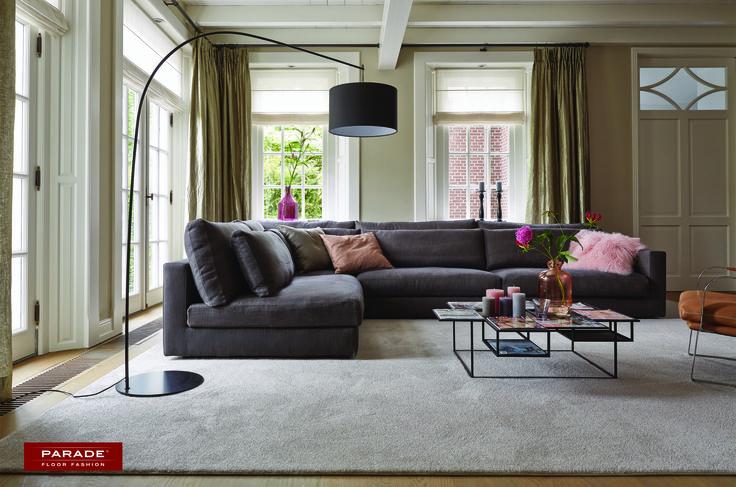 Met een zacht #tapijt geïnspireerd op de natuur is het aangenaam in de woonkamer vertoeven.