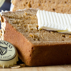 Celebrates St. Patty's Day with guinness irish beer bread