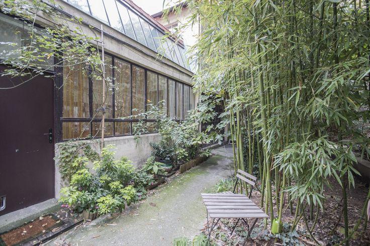 Paris : Maison loft sur cour arborée