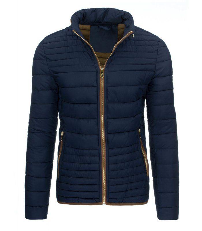 Tmavomodrá bunda pánske, zimná s kapucňou. Zapínanie na lesklý zips. Kapucňa regulovaná v golieri. Dve vonkajšie vrecká. Dve vnútorné vrecká. Pohodlný strih. Vhodné ako neformálne oblečenie.