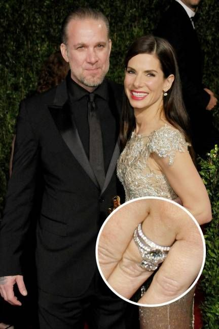 Though they're divorced, Sandra Bulock's vintage-inspired engagement ring from Jesse James is still a favorite