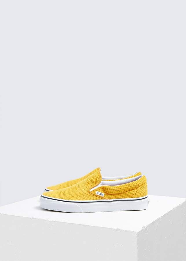 Vans classic slip on image by bhuiyum on #juto | Sneakers