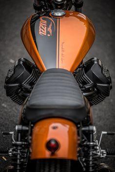 2016 Moto Guzzi V9 #MotoStrada