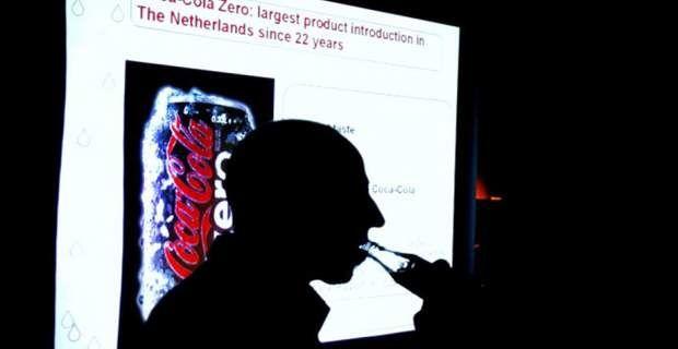 Coca-Cola και Pepsi έστησαν έρευνα για το ότι τα αναψυκτικά είναι καλύ...