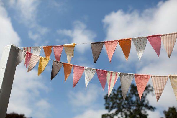 Les moineaux de la mariée: DIY : Les fanions