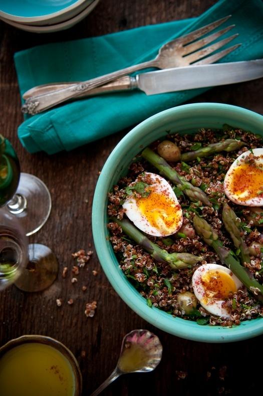 Red Quinoa Salad with Asparagus & Eggs