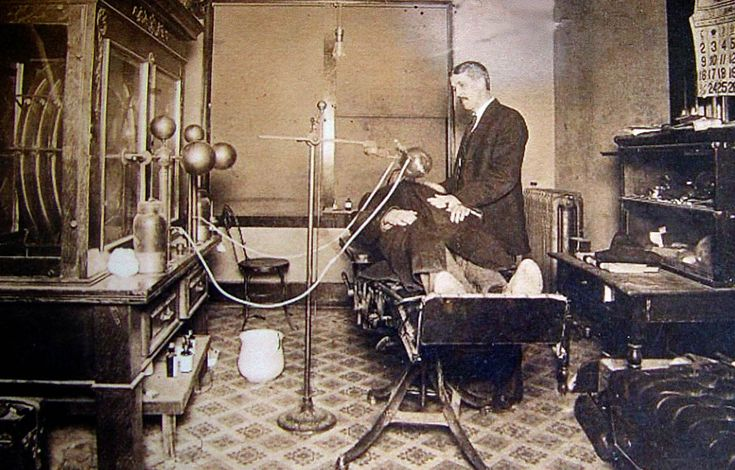 MEDICINE: In 1900, the x-ray machine was little more than a tube containing a radioactive source.