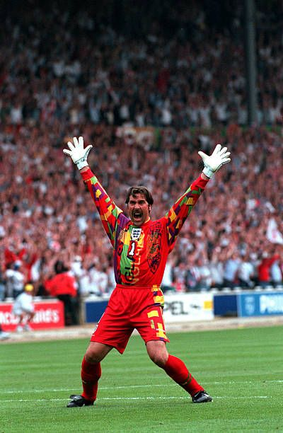 David Andrew Seaman. Como portero de la selección de Inglaterra participó en dos copas del mundo (1998 y 2002) y en dos Eurocopas (1996 y 2000). Fue 75 veces internacional.
