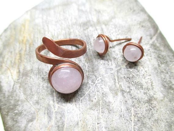 Rose quartz copper ring / Bezelled / Gemstone / by DrofiJewelry
