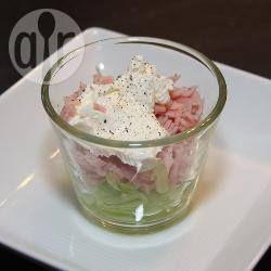 Photo recette : Verrines Vache qui rit, concombre et jambon