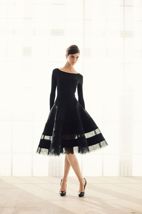 Feminine, flowy curves in Donna Karan's pre-fall 2013 collection