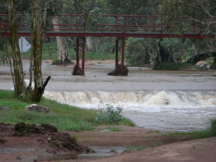 Todd River, Alice Springs, NT  has zero to very low flow during 95% of the year, not when I visited.