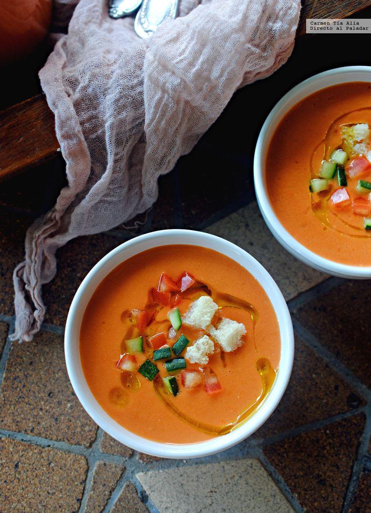 Uno de los platos más populares del verano es, sin lugar a dudas, el gazpacho. En cada casa hay una fórmula a la que nos aferramos por ser la que más se adap...