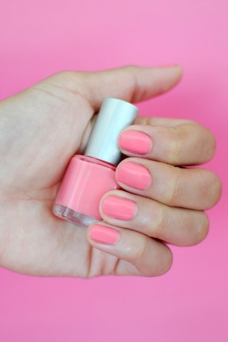 Every color under the sun, now available on R29! Photos by Lia Schryver.: Spring Nails, Pink Nails, Nails Wardrobes, Summer Nails, Nails Polish, Color Nails, Photo, Beautiful Colour, Sun Nails