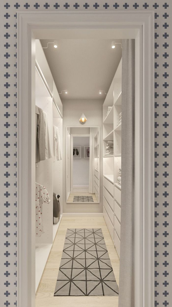 Дизайнеры создали светлый и уютный интерьер для молодой пары, акцентами в котором стали деревянные детали, цветовые пятна (желтый, синий, зеленый), мебель в стиле mid-century и геометрические узоры.