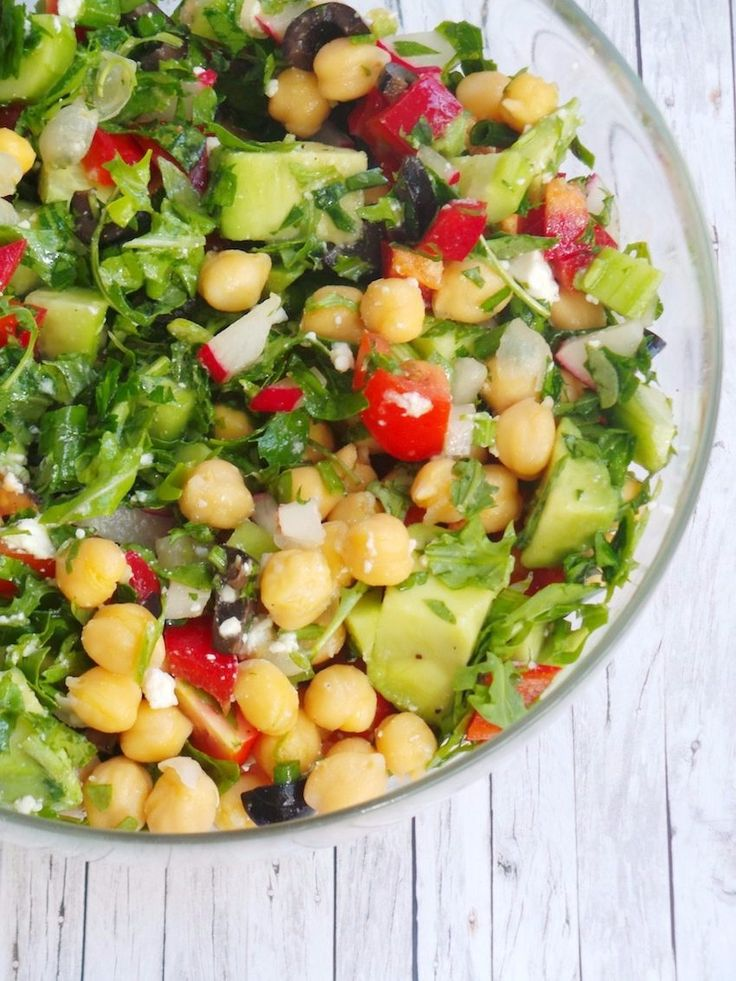 The Best Avocado Chickpea Salad for Summer