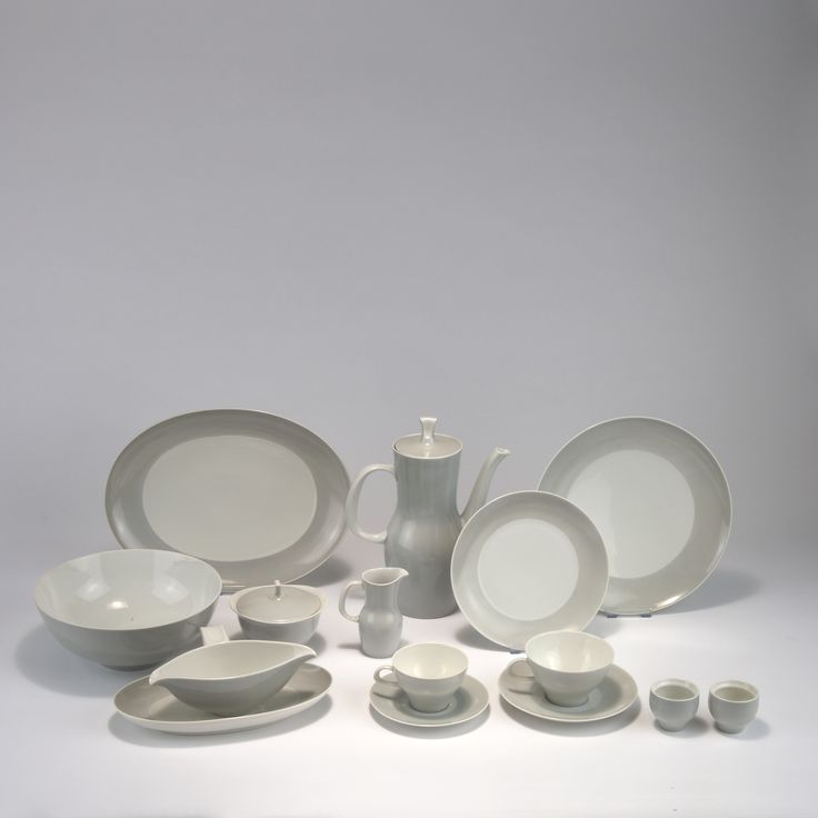 auction 119A - Tapio Wirkkala. 'Finlandia 'coffee and dining set, 1954-56.