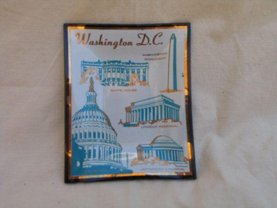 Assiette souvenir Mid Century Washington D. C. de pièce de monnaie plateau U S Capital blanc maison Washington Monument rétro cendrier