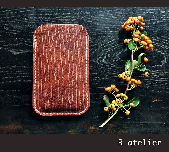 $24+   iPhone Sleeve   Samsung Galaxy S   Cellphone Sleeve Case   Vegetable Tanned Ox-Neck Leather   Minimalist Phone Sleeve   Smartphone Sleeve