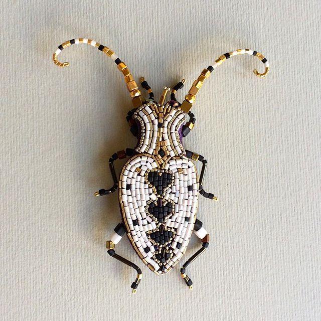 Внецианский маскарадный жук-брошь( на заказ )…