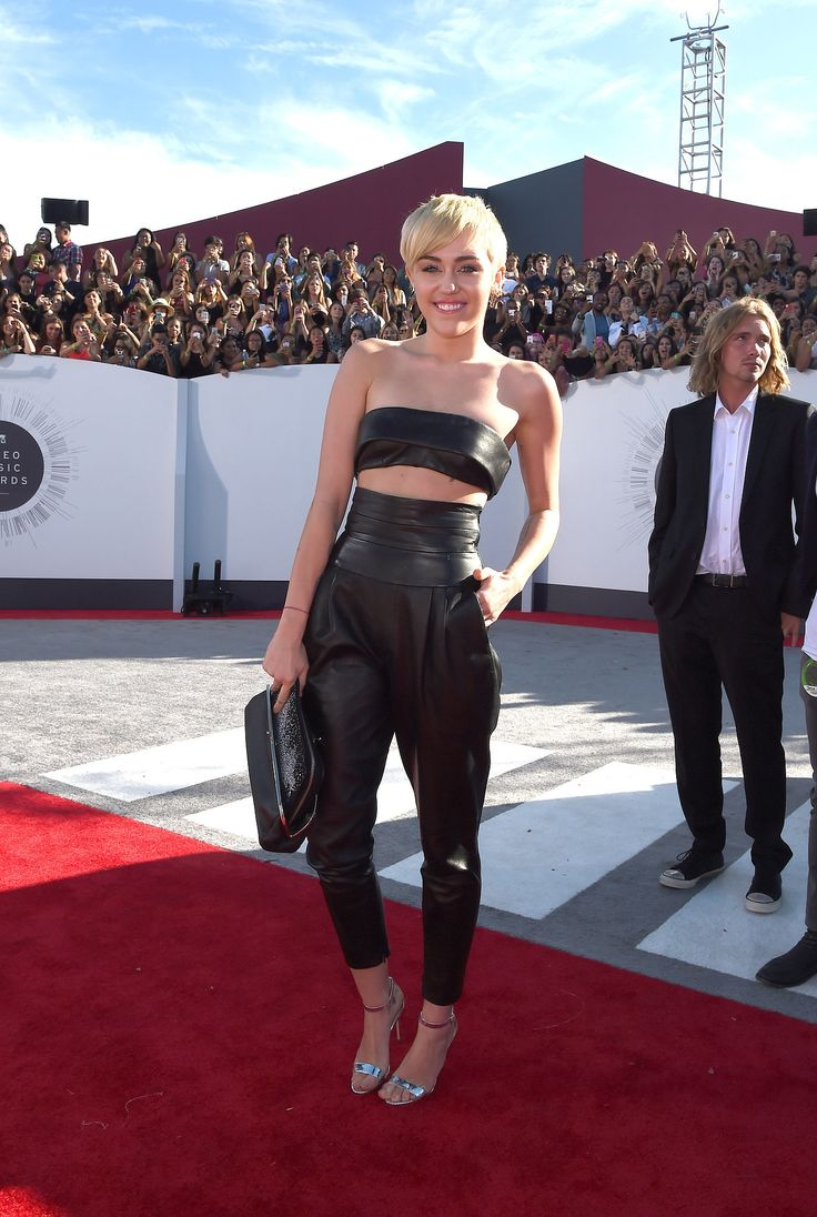 Miley Cyrus the ONLY person who got it right at the VMAs 2014