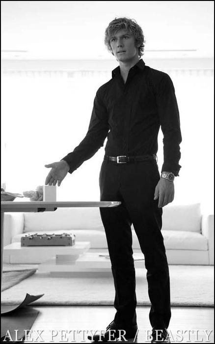 Alex Pettyfer, my ideal Christian Grey