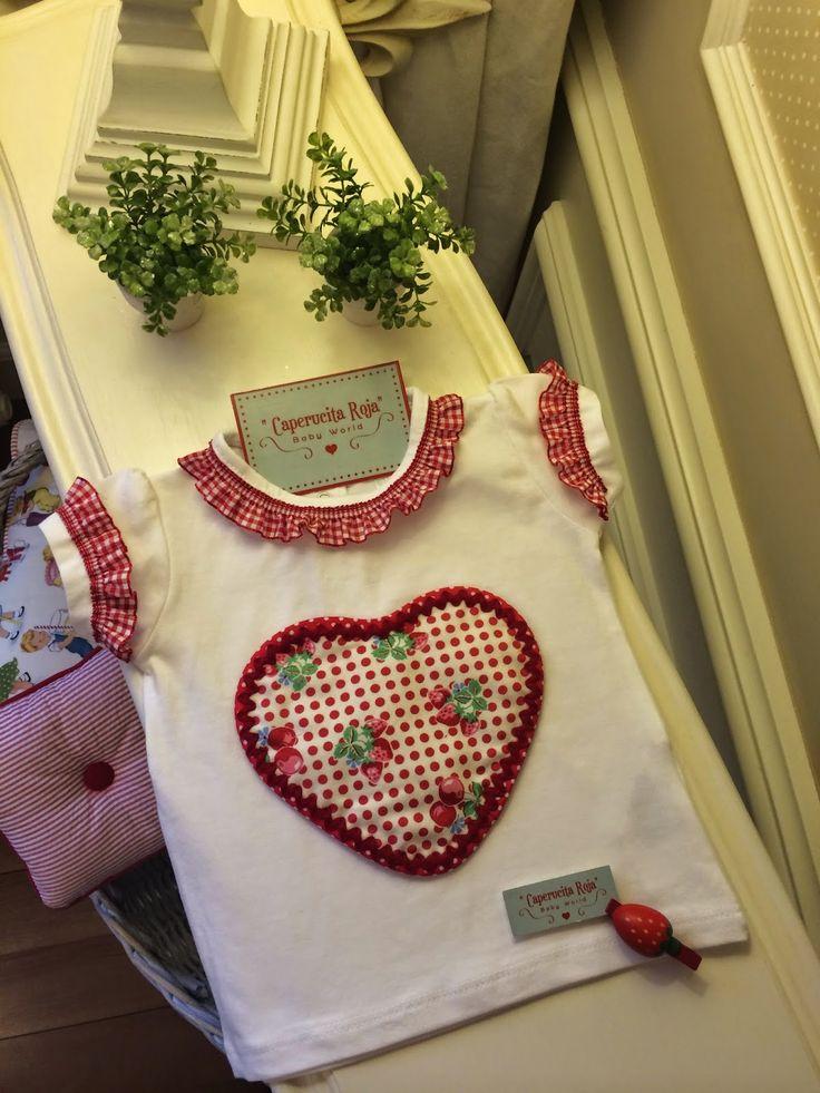 Caperucita Roja: Camisetas con corazón