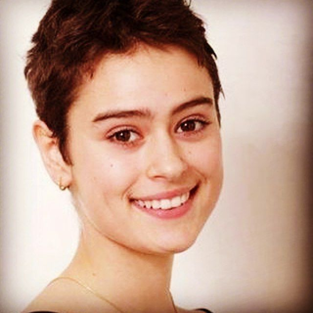 #Repost @niafitalianamerican  Italian A Day  Rosabell Laurenti Sellers is an Italian American actress best known for her role as Tyene Sand in the HBO hit series Game of Thrones. Born in Naples in 1996 Sellers grew up in New York City and Rome. She made her debut in 2004 at the age of 8 on stage in New York. After moving with her family back to Italy she began appearing in television and film productions but truly broke out in 2010 when she had a role in the film The Whistleblower with…
