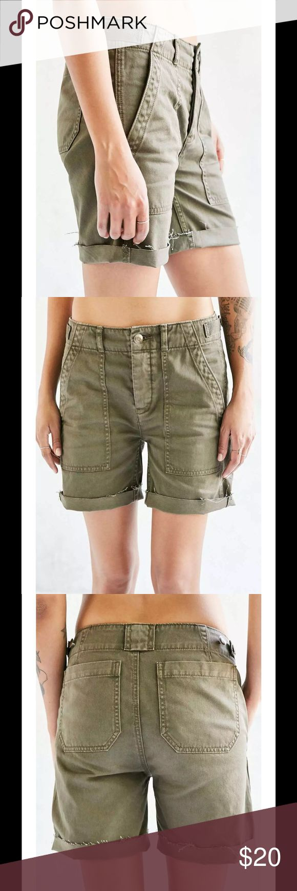 "NWT Urban Outfitters High Rise Army Shorts Modern longline military short from our modern-essential BDG collection. With a flattering fitted high-rise waist + slouchy straight-leg with long, cut-off hems you can cuff up or leave down. Finished with a hidden button fly at the front + side buttons that adjust the waist. NEW!   Content + Care - Cotton               - Machine wash - Imported           Size + Fit Size 2            - Inseam: 7""        - Leg opening: 10.75""     Shoot over an offer…"