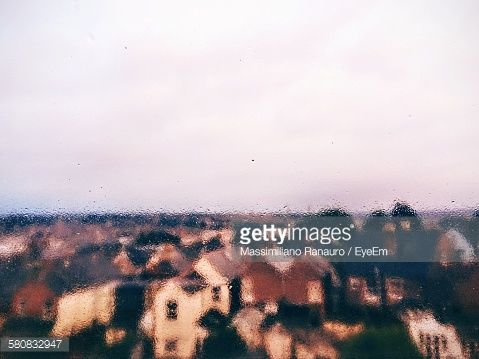Rain - Cowes - IOW(UK) - © Massimiliano Ranauro on Getty Images