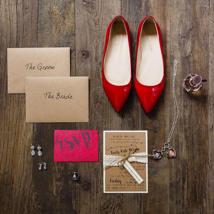 Alaska wedding ideas.  Rustic wedding invitations.  Alaska wedding.  Alaska Wedding Planner - Blomma Designs  Photo @marybrunstphoto