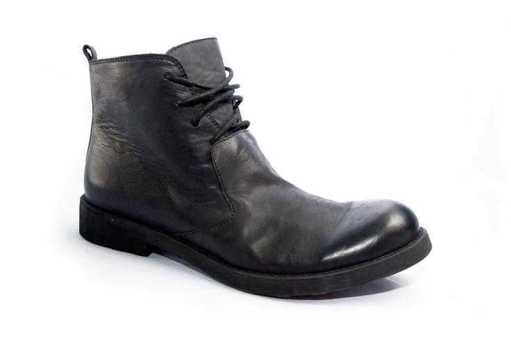 W001-2 Black