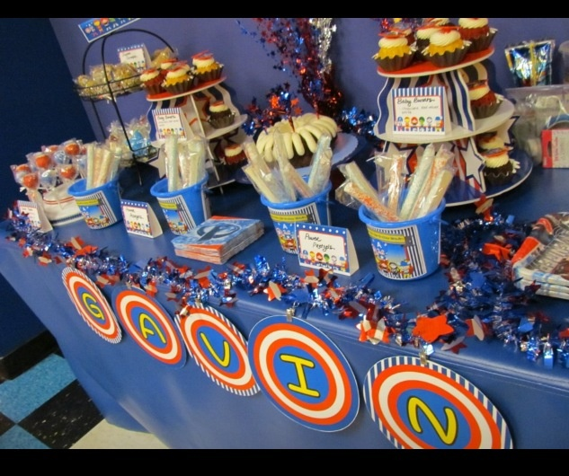 Gavin's Avengers Party - Sweets Table