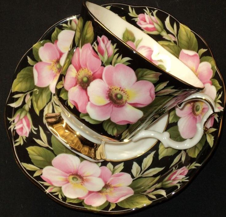 Royal Albert FLORA series Pink ALBERTA ROSE