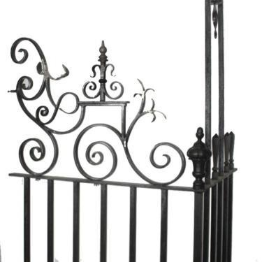 No 10 Downing Street ironwork bracket x 2. Item Number: 1140005. To prop hire our 10 Downing Street props, call 020 8963 9944 or email: mail@stockyard.tv quoting 'PINTEREST' for more information on this item.