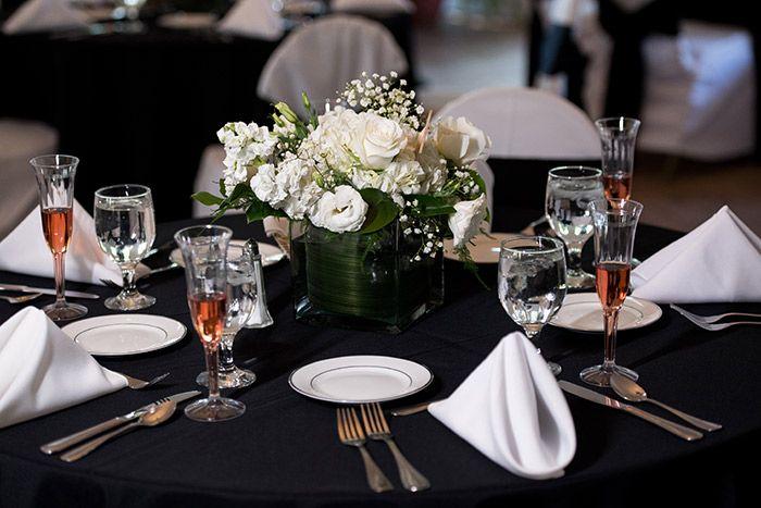 Emily Carlos Breathtaking Stan Hywet Wedding Today S Bride Wedding Table Set Up Wedding Reception