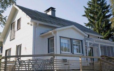 Topcoat® - sidingUTV 23x145. Town house in finland