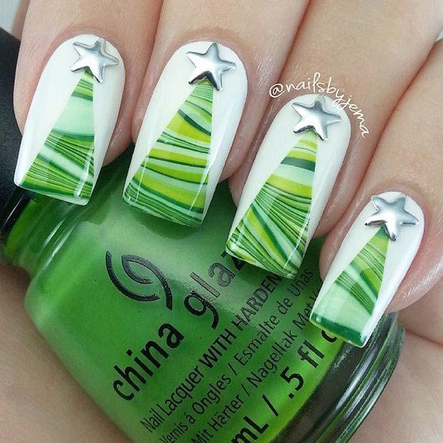 Green Christmas Trees Nails