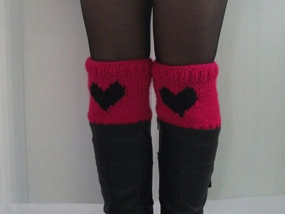 FREE SHIPPING Short Knit Boots Pink Black by nurfashiondesign