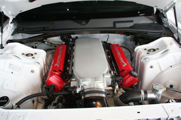 8.4 L Viper V10 in a 2011 Challenger Drag Pak