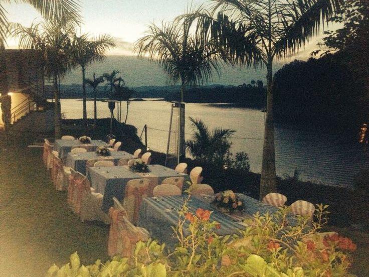 Ideal para tus vacaciones ☀ Excelente en congresos - convenciones.  Incomparables Eventos Sociales  Guatapé (Ant) - Colombia ☎ 57+ (4) 861 06 50