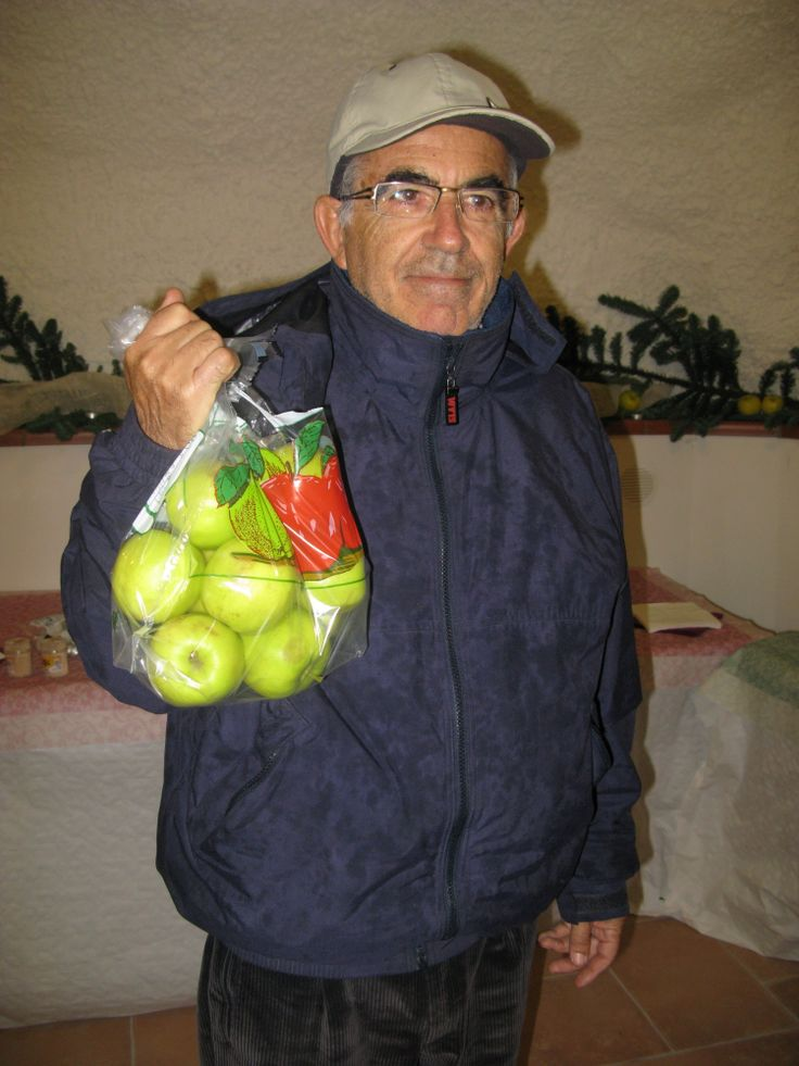Giovanni the real old boss. An apple a day keeps the doctor away.