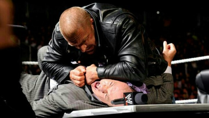 Triple H making Paul Heyman shout and squirm in pain #Raw