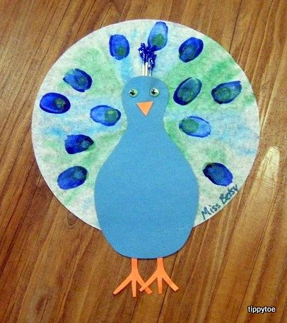 zoo crafts for toddlers | And that's our peacock craft! What do you think?
