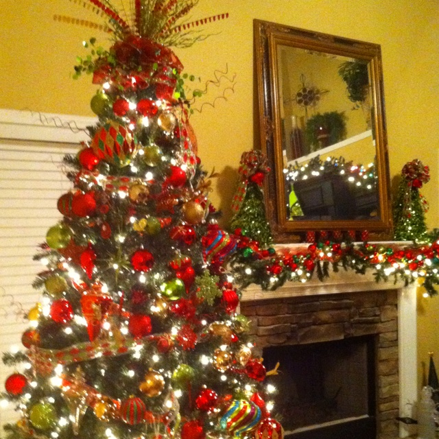 People Decorating A Christmas Tree 18 best small traditional christmas tree images on pinterest